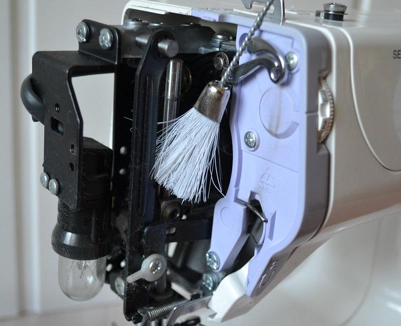 Смазка швейной машины